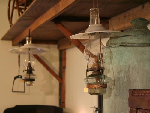古いランプや照明