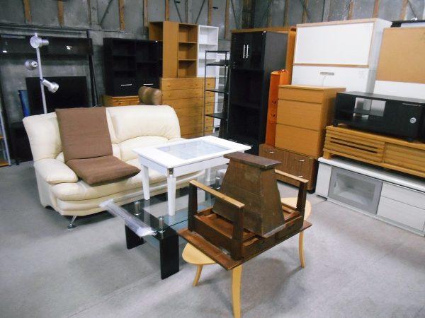 ソファやテレビボード